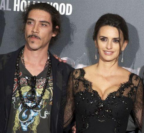 Óscar Jaenada y Penélope Cruz