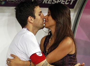 Cesc Fabregas y su novia