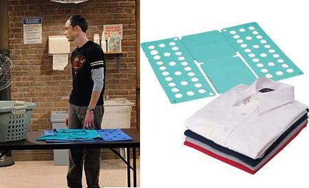 Sheldon y su doblador de camisetas