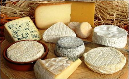 El queso contienen tiramina