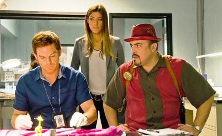 Dexter, Debra y Batista