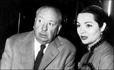 Alfred Hitchcock y Sara Montiel