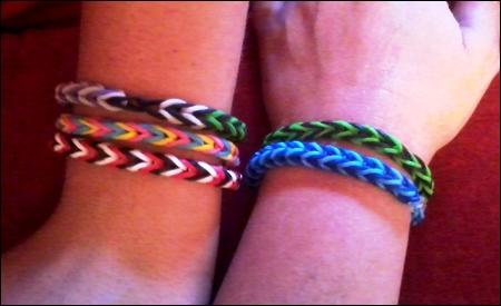 "Pulseras ""Rainbow loom"""