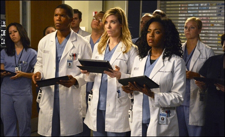 Shane Ross, Leah Murphy y Stephanie Edwards