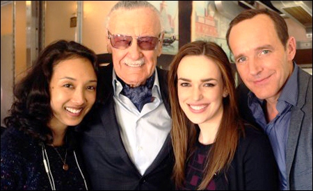 Stan Lee y los Agentes de SHIELD