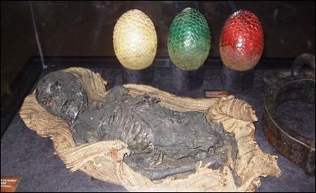 Huevos de dragón y huesos calcinados