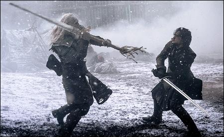 Jon Nieve luchando con un Caminante Blanco