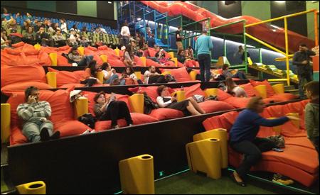 sala junior de yelmo cines cosas que pasan